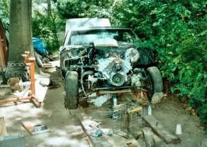 14-08-05-HDB-Work-on-Cars-02-700x499
